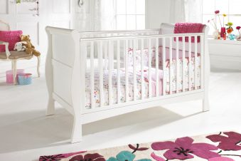 Izziwotnot Bailey In White Cot Bed