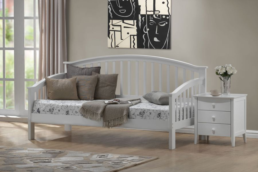 White Beds - Joseph Polo WHITE DAY Bed - White Wood Day Beds for Sale ...